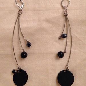Jewelry - Black Leverback Circle Drop Dangle Wire Earrings