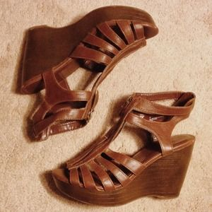 Xhilaration gladiator wedges