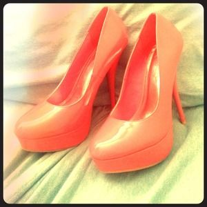 Charlotte Russe Shoes - Adorable coral heels