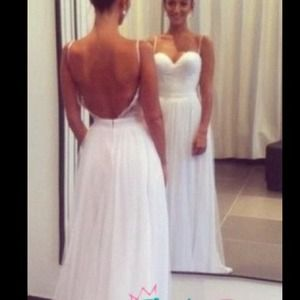 WEDDING DRESS FOR SALE! 