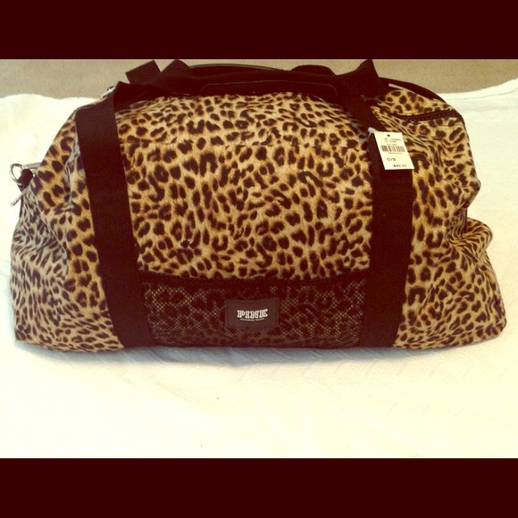 0be9f1e32b28 NWT Victoria s Secret Cheetah Print Duffle Gym Bag