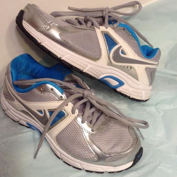 Nike Running Nike Poshmark Poshmark Groove Running Groove ShoesImpact ShoesImpact CxBeod