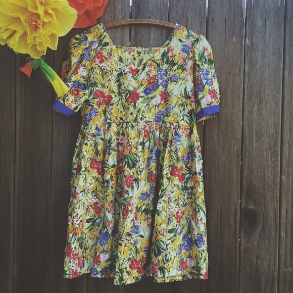 vintage Dresses & Skirts - Vintage floral dress 2