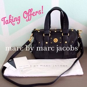 Marc by Marc Jacobs Handbags - SALE! MMJ Black Totally Turnlock Shifty Satchel