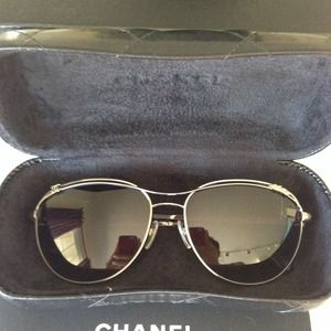 ***GONE***AUTHENTIC Chanel Aviator Sunnies