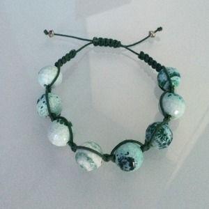 Jewelry - Beautiful Green Crazy Lace Agate Macrame Bracelet!