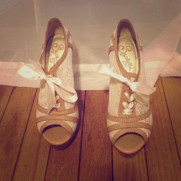 Super Adorable Dsw Heels | Poshmark