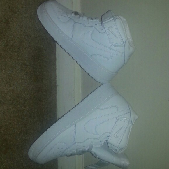 white air force ones high tops