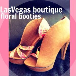 Shoes - Las Vegas boutique booties
