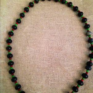 Jewelry - Ethnic stretch necklace