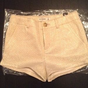 abercrombie kids Other - NEW SHINE JACQUARD CREAM & GOLD SHORT SIZE 10KIDS