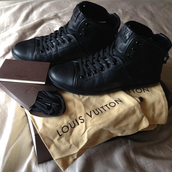 26a16878a0b Men's high top Louis Vuitton shoes