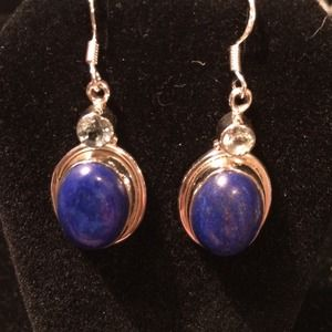 Jewelry - Lapis and pale blue topaz