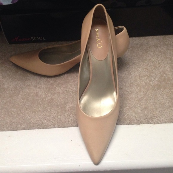 63% off Nine & Co. Shoes - Nude Kitten Heels - Size 11! from ...