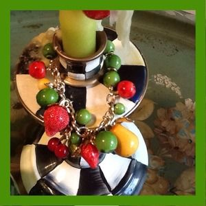 Bracelet with fruits