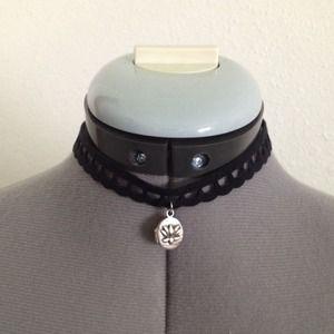 J. Jill Jewelry - ❤️50 % off sale ❤️J.Jill  mini locket choker