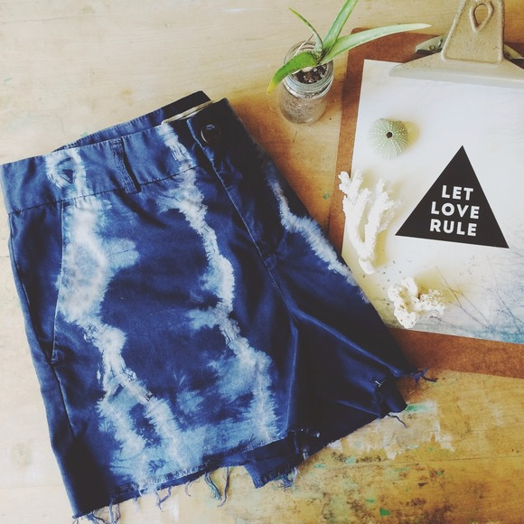 Current/Elliott Other - Current Elliott tie dye shorts
