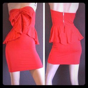 🚫SOLD⬇️REDUCED🎀 NWT H&M Bow Dress 🎀