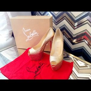 Christian Louboutin Highness Gold Glitter Pumps