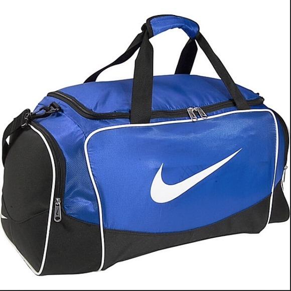 26057a5b23 Nike blue duffle bag. M 53bba589dd7b7f109333beb7