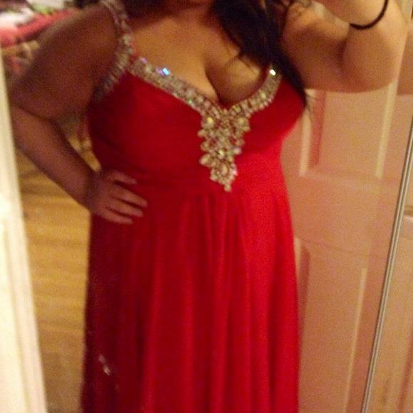 Size 28 Prom Dresses