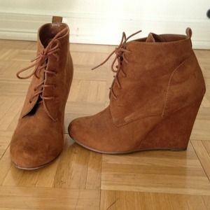 Shoes - RESERVED for pagotan93 - Faux suede wedge booties