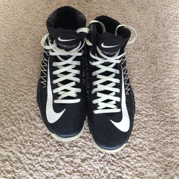 2ab40b9ce9f Nike Hyperdunks. M 53bc51b821bf8d2e3a3481e6