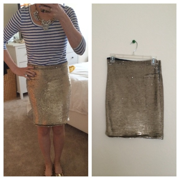 87% off Anthropologie Dresses & Skirts - IRO Gold Sequin Pencil ...