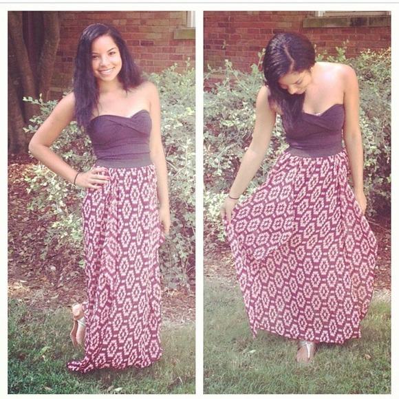 Charlotte Russe Dresses & Skirts - Charlotte Russe Maxi Skirt