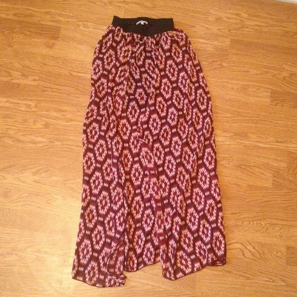 Charlotte Russe Skirts - Charlotte Russe Maxi Skirt