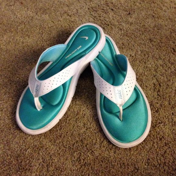 Nike Memory Foam Sandals Sz 9w