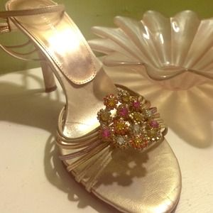 REDUCED Gold Retro Ultra Girlie Jeweled Heels