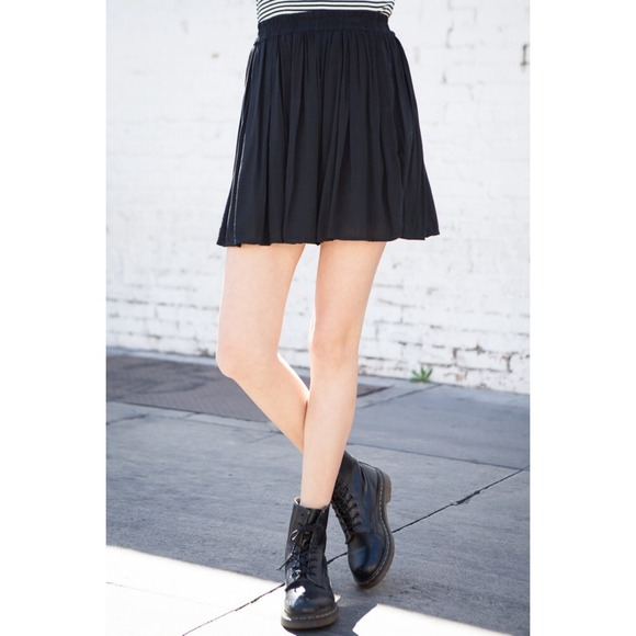 ce573eb33 Brandy Melville Skirts | Heather Skirt Black | Poshmark