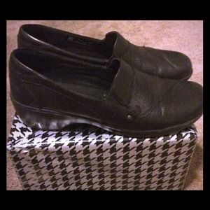 Clark's Bendable's Black Oxford Size 9 1/2 Medium