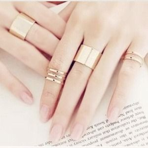 Jewelry - Gold Set of 3 Rings Stackable Adjustable