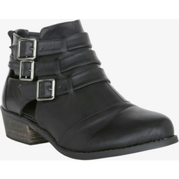 65 torrid shoes 8 wide torrid gladiator boots shoes