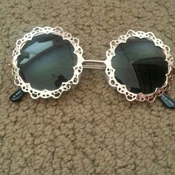Urban Outfitters Accessories - UO lace sunglasses 2