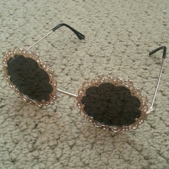 Urban Outfitters Accessories - UO lace sunglasses 3