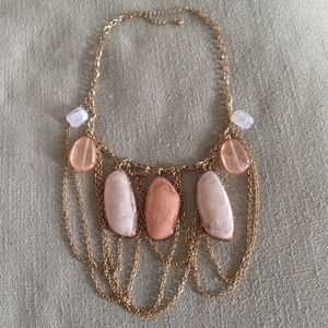 Jewelry - Pink and gold stone and chain statement necklace