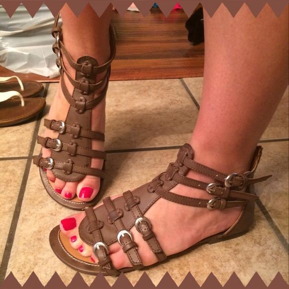 cecbd99c912 Brown short gladiator sandals. M 53beed6e3ddfd4148f504028