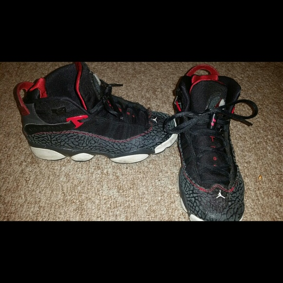 AIR JORDAN BOYS SHOES Size 7 Youth RETRO 5 OG BG Great. Nike Jordan boys shoes black size 7 C mid quarter. Finding your look is easy with brands like adidas, Nike SB, Fila, Champion, Dope, and a whole lot more. Buy Jordan Nike Kids Air 4 Retro BG Basketball Shoe and other Shoes at.