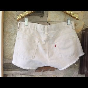 Levi's Jeans - Levis denim cut off (off white) shorts