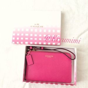 💝Nwt Authentic Coach Saffiano Leather Wristlet 💝