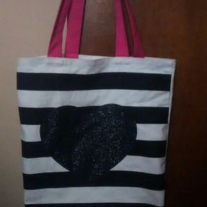 Bag with stripes and glitter heart