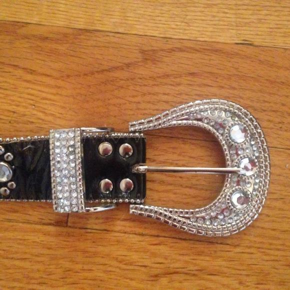 72 off accessories sold rock n roll belt from johnna 39 s closet on poshmark. Black Bedroom Furniture Sets. Home Design Ideas