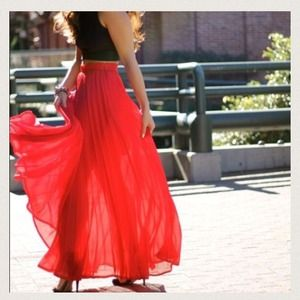 Dresses & Skirts - Light red pleated skirt.