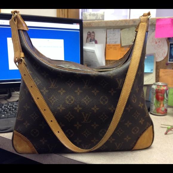 Louis Vuitton Handbags - Louis Vuitton boulogne 35 100% authentic! 7733d1a335f7