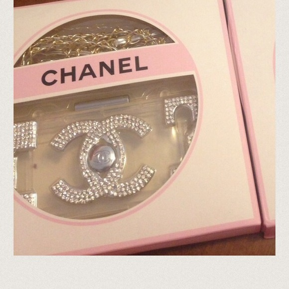 63% off Accessories - 🌹SALE🌹Silver chanel bling iphone ...