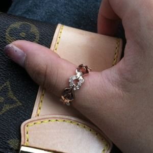 Jewelry - 18k rose gold pave heart ring comes with  pouch