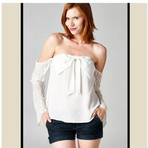 Off the shoulder chic top LAST ONE SALE